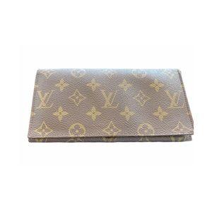 Vintage LV bi fold wallet